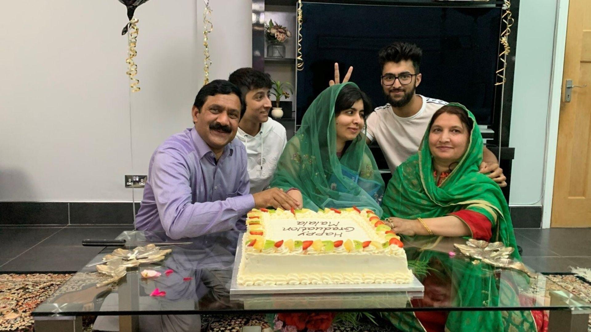 მალალა იუსაფზაიმ ოქსფორდის უნივერსიტეტი დაამთავრა • ForbesWoman