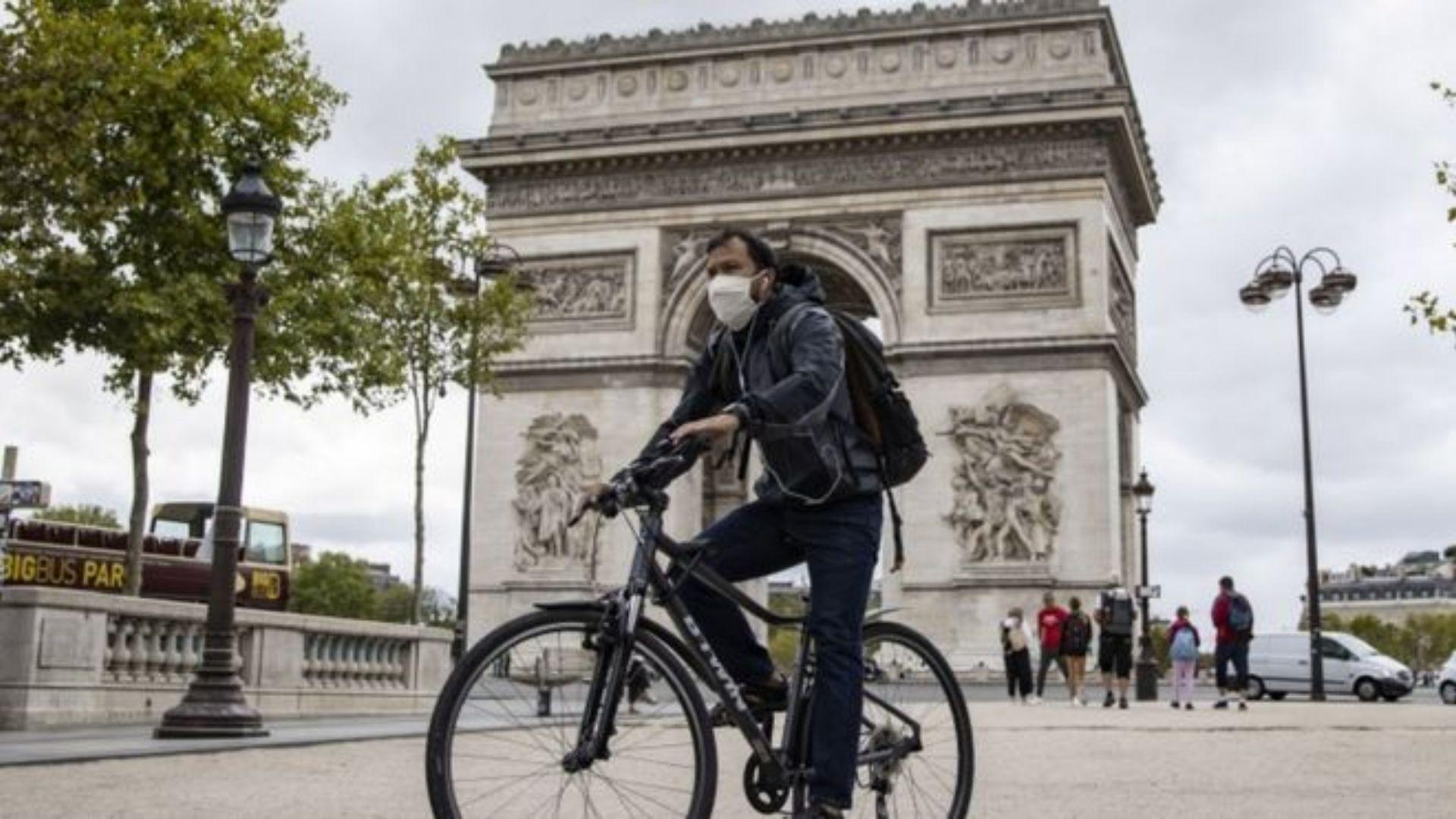 პარიზში პიბადეების ტარება სავალდებულო ხდება